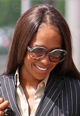 Naomi-Campbell-bald-thesun